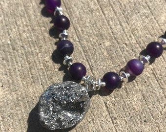 Purple Silver Agate Pendant Necklace and Earrings