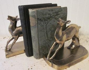 vintage Deer Bookends, Brass, Art Deco Era Objet d'Art, Statues, Sculptures, Paperweight. Classic. Timeless.