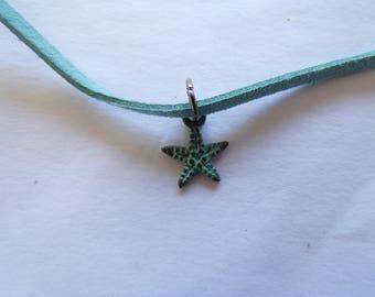 Tiny patinated starfish choker