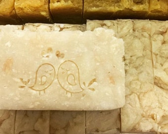Extra rich white silkcocoon soap for dry skin