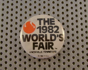 Vintage Collectible 1982 World's Fair Pin Button Knoxville Tennessee Souvenir Pinback