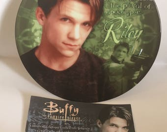 """Riley 8"""" Collectors Plate - Buffy the Vampire Slayer"""