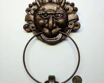 Labyrinth mini Right Door knocker!