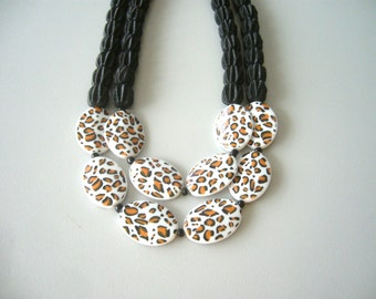 Animal print White black colorblock statement necklace