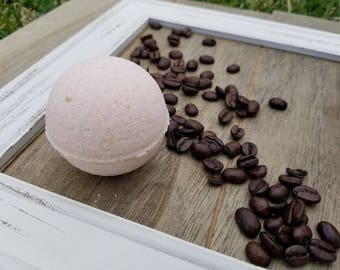 Vanilla Latte Bath Bomb