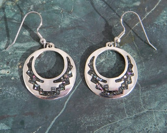 Mexico Alpaca Silver Vintage Dangle Earrings Purple Abalone Shell Inlays Item HH3