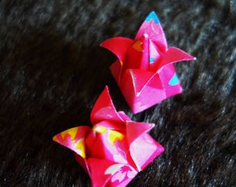 lot 2 pink origami flowers varnished ready to use