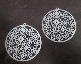 prints 2 white round /connecteurs in filigree 42 mm