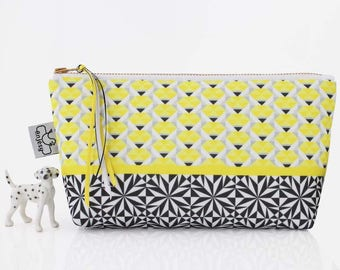 Cute makeup bag, Cosmetic bag, Makeup zipper bag, by ANJESY design