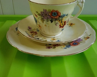 Crown Staffordshire Pale yellow teacup trio