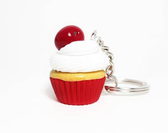 Food keychain Cupcake keychains Cupcake jewelry Miniature cherry cupcake Miniature food Polymer clay cherry cupcake Cupcake accessory