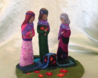 Needle Felted , Triple Goddess, Springtime Alter, Cauldron, Water, Mother, Maiden, Crone, Pagan, Home Decoration,statue,wicca,women,doll