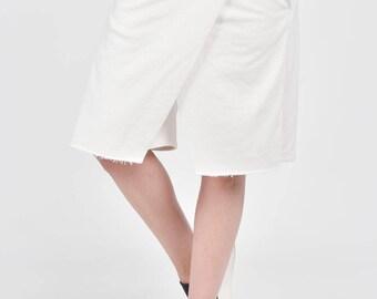 NEW Loose Casual Shorts / Off White  Drop Crotch Harem  Pants / Extravagant Black Pants/Unisex Cotton Pants A05134