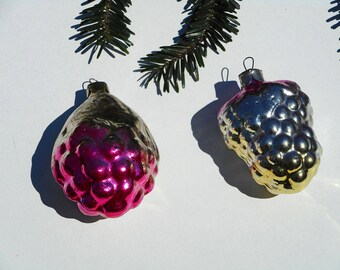 Grapes Christmas ornament set fruit decoration vintage glass ornaments winter holiday kitchen fruit decor 1970s retro Christmas tree decor