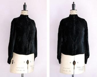 Vintage 1940s black crushed velvet bishop sleeves cardigan jacket - Black velvet jacket - Velvet button blouse - Velvet top - Velvet shirt