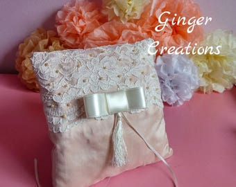 Wedding Ring Pillow/Satin Ring Pillow/Lace Ring Pillow/Wedding Cushion/Ringbearer Pillow/Pearls Ring Pillow