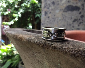 Balinese Silver Leaf Ring - any size