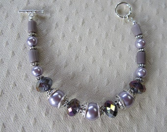 Lilac and deep purple beaded bracelet
