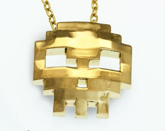 Video Games Skull Pendant in Brass, Pixel Skull Pendant, 8-bit Skull Necklace, retro videogame Skull necklace, gamer jewelry