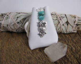 Medicine Bag , White Leather Pouch , Owl Medicine , Owl Totem , Shamans Bag , Crystal Pouch , Neck Pouch , Leather Necklace , Wagnerite Chip