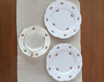 Consort teacup, saucer and 2 sandwich plates