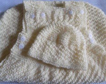 Entire layette, Bunting and hat ecru color, size 0-3 months