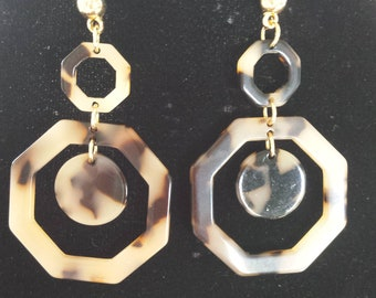 Light Tan Brown Tortoise  Color Octagon  Shape Earrings