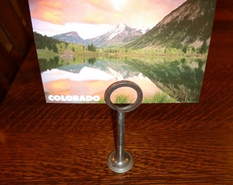Engine parts picture holder