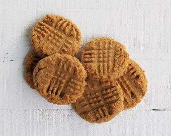crunchy peanut butter cookies - VEGAN