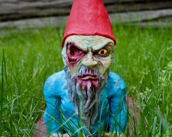 Special Edition Zombie Gnome: I See You...