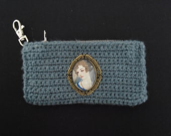 Gray makeup pouch with woman art deco Locket