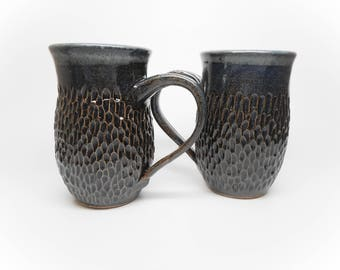 Blue Scoop Textured Mug