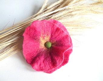 Felted flower brooch,felt brooch,felt brooch flower, felt pin, poppy hand felted brooch pink poppy, wet felt flowers