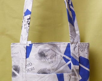 relaxing/holiday blue/white fabric, faux leather bag