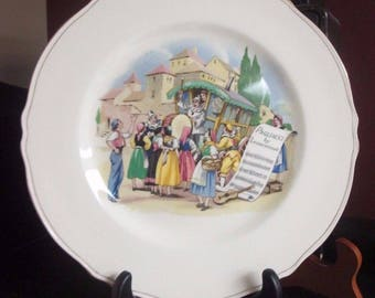 "Vintage ROYAL Winton Plate Charger 10.5"" Opera Scenes 1954 PAGLIACCI w PIERROT Clown Traveling Circus Motif Rare Collectible!"