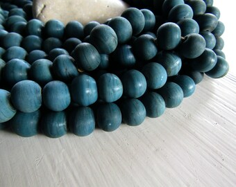 blue round lampwork  glass beads , matte opaque blue teal  tone ,  indonesian  11mm to 12mm  x 10mm wide ( 12 pcs )  7ab8-1