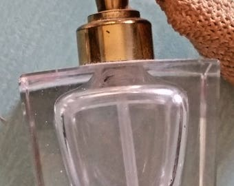 Beautiful, Vintage, heavy Cut Crystal and gold atomizer, perfume bottle. Perfect for vanity display.