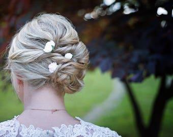 Ivory Flower Hair Pins, White Flower Bobby Pins, Wedding Hair Picks, Cream Bridal Hair Pins, Flower Crown White Hair Piece Peony Flowers