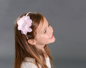 PINK SEQUIN FLOWER headband-Flower Headband-Pink flower-Sequin-Toddler-Child-Light Pink-Plastic Headband