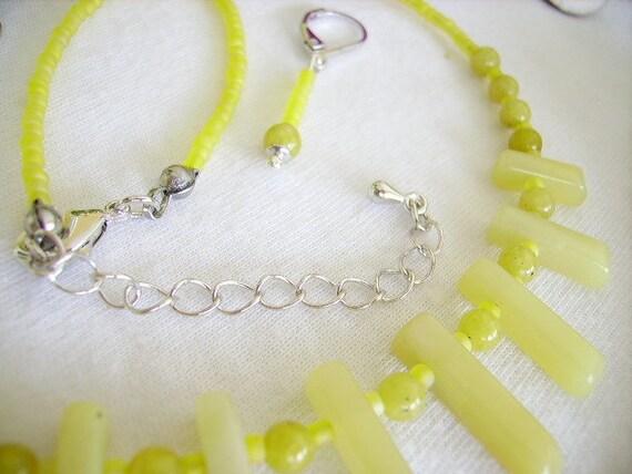 Bijoux fantaisie jaune moutarde