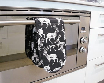 Double Oven Mitt - black and white deer
