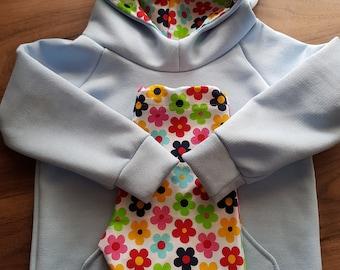 Soft and stylish sweatshirt and leggings combo