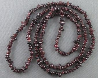 "36"" Red Garnet Beads Chip Strand - Gemstone Strand, Jewelry Making Supply, Garnet Necklace, Healing Crystals, Jewelry Creation (0026)"