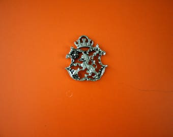Vintage Lion Crown Royal Regal Crest Medal. Pewter Rare Royal Collectible Jewlery Supply Accessory. Possible Boy Scout Military Collectible