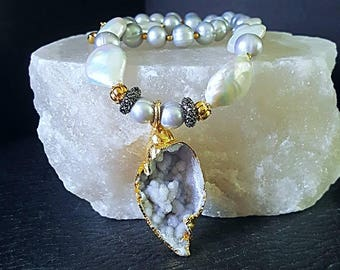 Druzy Sea Shell Pendant with Nucleated Pearls Platinum Freshwater Pearl Statement Necklace Gift for Her Wedding Jewelry