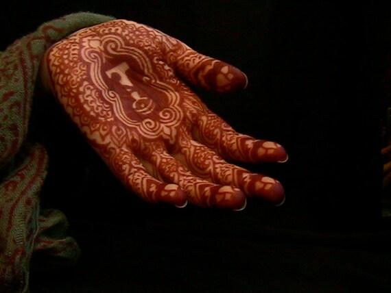Mehndi Henna Kit Review : Mehndi mamas henna kit