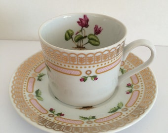 Georges Briard Floral Potpourri Tea Cup and Saucer Cyclamen Botanical Mid Century Fine China