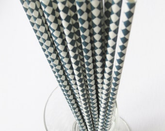 25 Paper Navy and White Harlequin Drinking Straws - Free Printable Straw Flags
