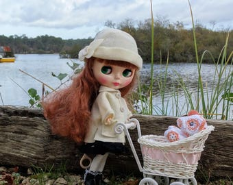 Coat outfit for neo Blythe type doll and similar size 27-30cm