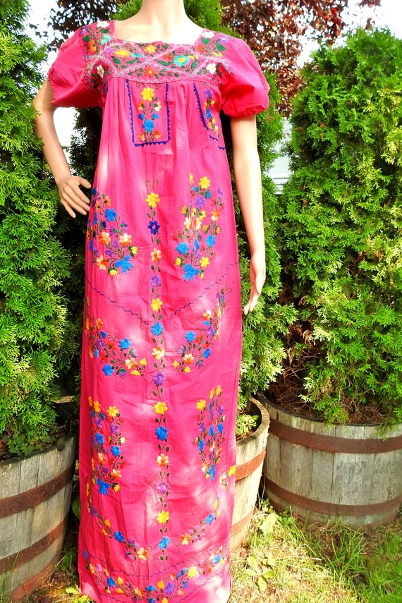 Mexican embroidered dress vintage